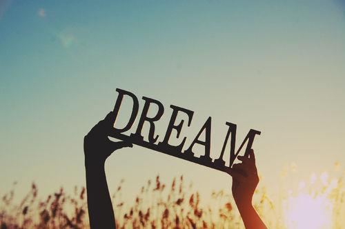 夢や目標がある方、全力で応援しますよ